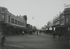 Parramatta Heritage NSW. Murray Brothers on the left hand side. A bit further down on the left, the post office and the Commonwealth bank. Parramatta history. N.S.W