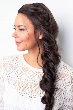 Psst.. Have you seen our tutorial for this triple braid yet? Click the photo! This is a must-watch for braid lovers <3 #LuxyHair #LuxyHairExtensions