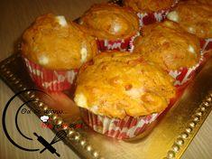 Αλμυρά muffins με ντομάτα και φέτα! Muffins, Breakfast, Food, Breakfast Cafe, Essen, Muffin, Yemek, Cupcake, Meals