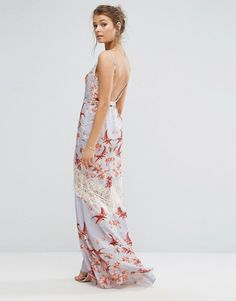 Hope & Ivy Printed Maxi Dress With Low Back And Eyelash Lace Trim $127.78