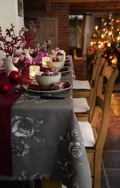 INSPIRATION: Very British Christmas