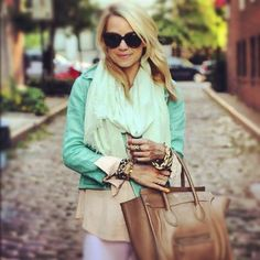 Love the colors put together in this outfit.