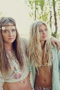 i like the blonde girl's waves in her hair..