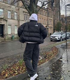 Retro Outfits, Mode Outfits, Vintage Outfits, Skater Outfits, North Face Outfits, Stylish Mens Outfits, North Face Jacket, Streetwear Fashion, Aesthetic Clothes