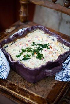 fisk i ugn med skagenröra Fish Recipes, Seafood Recipes, Snack Recipes, Cooking Recipes, Good Food, Yummy Food, Tasty, Fish Dinner, Swedish Recipes