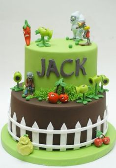 Here is my Plants vs. Zombies Cake (very popular video game) for FRANK'S birthday, as you can see I put the wrong name. When his daddy came to pick up the cake I asked him: your son's name is Jack, right? is Frank, OMG! I had to change the. Zombie Birthday Cakes, Zombie Birthday Parties, Zombie Party, Carnival Birthday, 7th Birthday, Zombie Cakes, Birthday Ideas, Cake Wrecks, Plants Vs Zombies