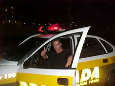 Till Lindemann in a police car Till Lindemann, Heavy Metal, Police Cars, The Man, Celebrities, Bands, Amazing, Heavy Metal Music, Celebs