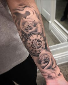 Thought about doing something like this for my first tattoo. Still really like i… – Rose Tattoos Forarm Tattoos, Tattoos Arm Mann, Forearm Sleeve Tattoos, Best Sleeve Tattoos, Tattos, Rose Tattoos For Women, Arm Tattoos For Guys, Trendy Tattoos, Tattoo Women
