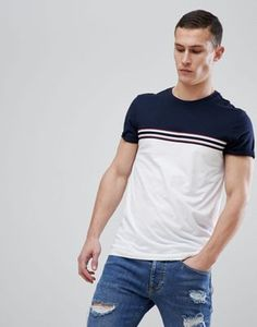 Shop the latest ASOS DESIGN t-shirt with contrast taping and panel in white trends with ASOS! Polo Shirt Style, Polo Shirt Design, Tee Design, My T Shirt, Mens Tee Shirts, Polo T Shirts, T Shirts For Women, Men's Fashion, Personalized T Shirts