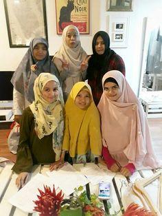 Me And my freinds.  #FashionStudent #IslamicFashionDesign #FashionDesign