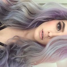 Lavender Hair and Soft Makeup by @laurencalaway | #inspiration #hairspiration #Pampadour www.pampadour.com