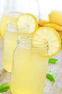 ♥Best Lemonade Ever♥ 1 cup Countrytime Lemonade mix 2 cups cold water 1 can of chilled pineapple juice oz} 2 cans chilled Sprite Mix together and add lemon slices to garnish. Greek Desserts, Greek Recipes, Lemon Recipes, Refreshing Drinks, Fun Drinks, Beverages, Food Network Recipes, Cooking Recipes, Chocolate Fudge Frosting