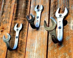 wrench hooks