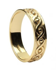 Men's sterling silver Celtic Ring and Irish wedding band with a subtle and pleasing interwoven Celtic knot design. Ring width: 0.25 inches. Sizes 9-13 (including half sizes). This ring is made to order. Please allow approximately 10-14 working days for this item to be completed. Made in Ireland by Boru and hallmarked by the Assay Office in Dublin Castle.