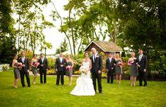 a beautiful bridal party at Laurel Creek Manor    www.laurelcreekmanor.com    C.Pelland Photography