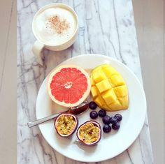 breakfast - Lainahöyhenissä / Lily.fi
