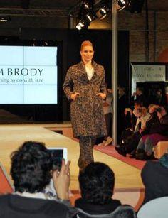 Große Größen Mode von Adam Brody