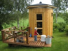 A little portable Sauna in your scandinavian garden