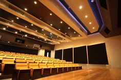 Auditorium. Ático Center, Javeriana Universiy. (Design by WSDG)