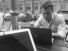 Někdy pracují naši account manažeři pro své klienty v nestandardních podmínkách. :) https://www.shopnero.cz/