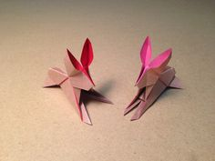 How to make an Origami Rabbit / Instructions /Tutorial Designed by Kunihiko Kasahara Tutorial by Mica My paper:15cm×7.5cm origami paper 【Origami Rabbit】 ①Ori...