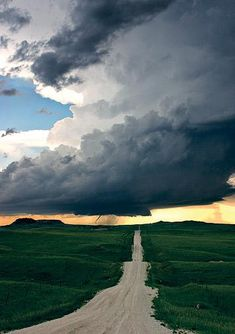 The Great Plains of the United States make for an appropriately epic setting for this seasonal pastime (storm/tornado chasing).