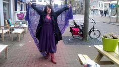 Lindevrouwsweb: De Gehaakte Stola´s van Brenda Brenda, High Low, Harem Pants, Van, Scarfs, Dresses, Fashion, Gowns, Moda