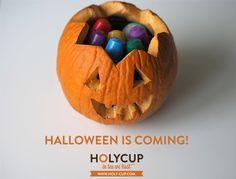 A noite mais assustadora do ano está a chegar e na HolyCup vamos festejar a rigor! Drink tea, drink HolyCup! www.holy-cup.com Pumpkin Carving, Holi, Tea, Halloween, Scary, Night, Lets Go, High Tea, Carving Pumpkins