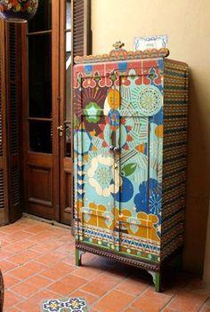 mobilya boyama ornekleri dolap sifonyer komidin masa kapi geometrik cicekli etnik desenler (4)