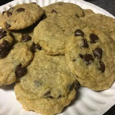 Crisp edges, chewy middles, and so, so easy to make. Try this wildly-popular chocolate chip cookie recipe for yourself. Chocolate Chip Cookies Allrecipes, Soft Chocolate Chip Cookies, Chip Cookie Recipe, Chocolate Chip Recipes, Peanut Butter Cookies, Yummy Cookies, Cookie Recipes, Cookies Soft, Chocolate Chips