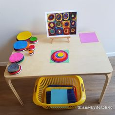 Fantastic Free of Charge preschool classroom reggio Concepts : Are you currently a brand-new teacher that's wondering exactly how to arrange any toddler class room? As well as are Reggio Inspired Classrooms, Reggio Classroom, Preschool Classroom, Preschool Art, Reggio Emilia Preschool, Kandinsky, Toddler Activities, Preschool Activities, Montessori Art