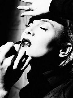 Renee Zellweger photographed by Alexi Lubomirski