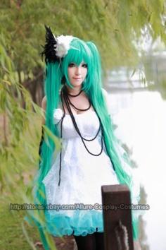 Miku vocaloid cosplay