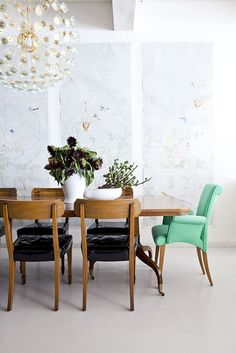 Bright head chairs for the dining room