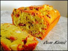 Cake Salé a la Féta , olives & allumettes de dindes
