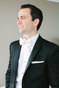 Groom in White Bow Tie   photography by http://www.justinebursoni.com/