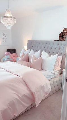 Room Ideas Bedroom, Bedroom Colors, Home Decor Bedroom, Pink Bedroom Design, Luxury Duvet Covers, Pretty Bedroom, Pink Room, New Room, Decoration