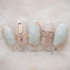 These are one of the best design nail art for coffin nails Fancy Nails, Love Nails, Bling Nails, Gorgeous Nails, Pretty Nails, Japan Nail Art, Kawaii Nails, Nagellack Trends, Latest Nail Art