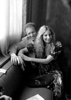 Funny Lady press tour - Barbra Streisand & James Caan 1975