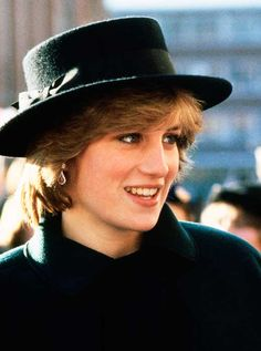 Princess Diana's Best Hats - 41 Diana Princess of Wales Hat Photos Princess Diana Fashion, Princess Diana Pictures, Lady Diana Spencer, Spencer Family, Celebrity Couples, Celebrity News, Celebrity Babies, Celebrity Photos, Celebrity Style