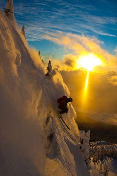 Rene Crawshaw skiing powder at Revelstoke
