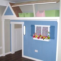 Hinged roof for storage : ) Kids indoor playhouse Design Ideas, Pictures, Remodel and Decor