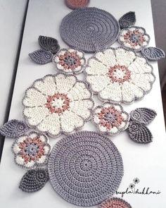Crochet Round Cream White Doily Centerpiece Crochet Home Decor Crochet Table Decor made in Lithuania Filet Crochet, Art Au Crochet, Quick Crochet, Crochet Round, Crochet Home, Crochet Motif, Crochet Doilies, Crochet Stitches, Single Crochet