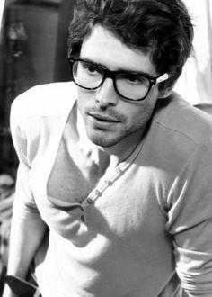 cb2d3442d3 Beautiful People Wearing Glasses