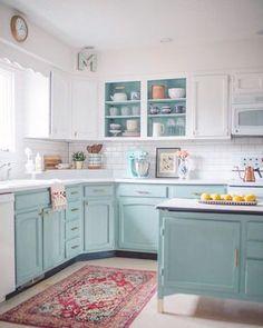 Diy Kitchen Cabinets, Kitchen Cabinet Colors, Kitchen Redo, Kitchen Ideas, Kitchen Counters, Kitchen Paint Design, Diy Painting Kitchen Cabinets, Different Color Kitchen Cabinets, Colorful Kitchen Cabinets
