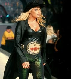 ★ WWE Diva - Trish Stratus ★ Women's Champion ★ Diva of the Decade ★ Babe of the Year ★ Stratus 2000, Trish Stratus, Wrestling Divas, Women's Wrestling, Wwe Women's Championship, Wwe Trish, Wwe Female Wrestlers, Wwe Girls, Charlotte Flair