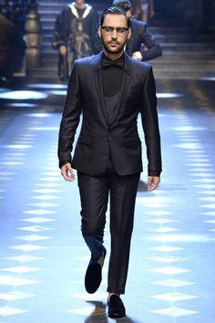 FCBTC / Dolce & Gabbana Fall 2017 Menswear Collection - Vogue