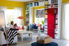 Výrazné a syté barvy evokují radost. Jen pozor, abyste to s jejich kombinací a také velikostí obarvených ploch nakonec nepřepískli
