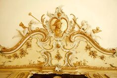 ORNAMENTAL WOODCARVER Patrick Damiaens: The Palaces AUGUSTUSBURG and FALKENLUST | Augustusburg in BRÜHL | GERMAN ROCOCO INTERIORS