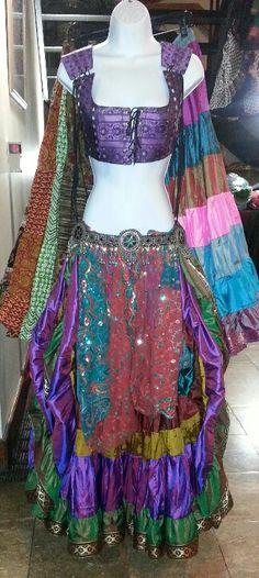 Midsummer nights dream ensemble display by magical fashions at Rakkasah